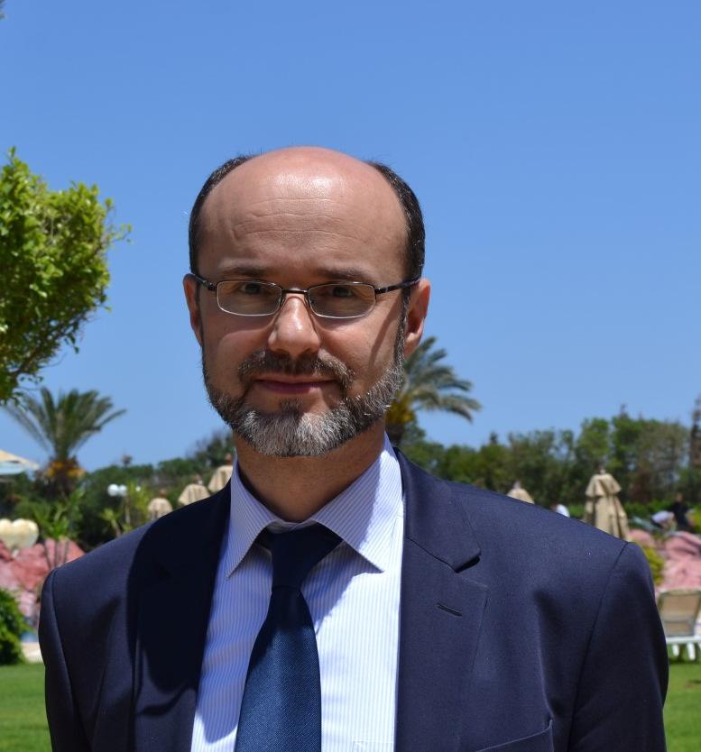 dr. Ahmet Alibašić