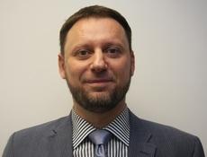 dr. Ermin Sinanović